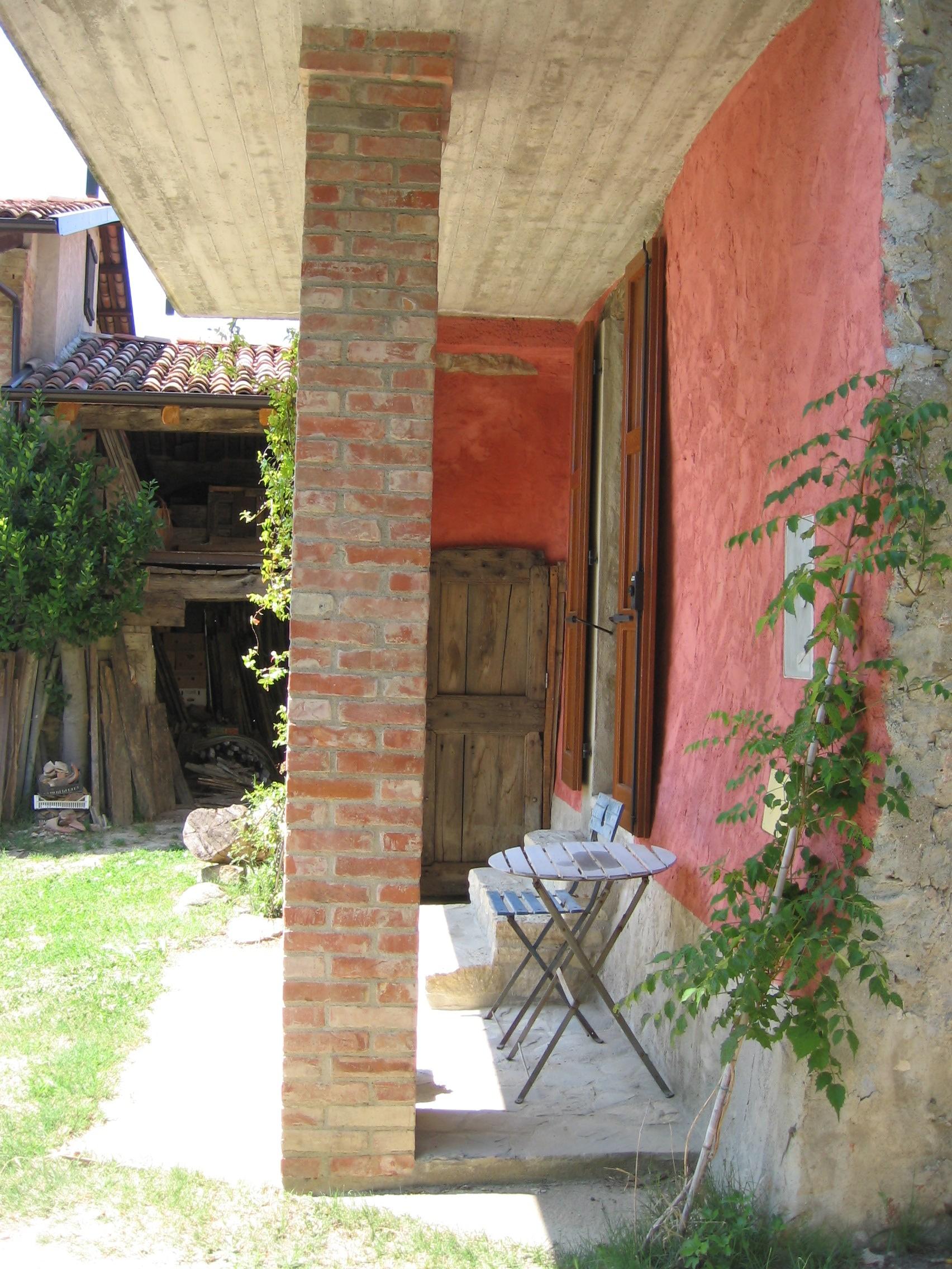 onder balkon La Casa Vecchia